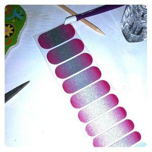 Jamberry nail wraps Berry Sparkler glitter